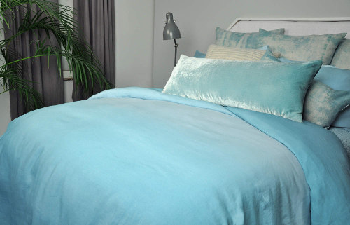 Kevin O'Brien Studio Aurora Bedding - Blue Skies