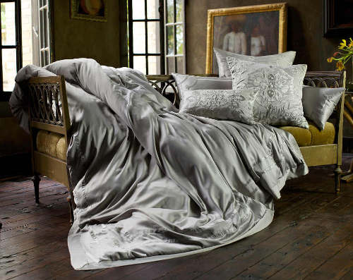 Lili Alessandra Vendome Bedding
