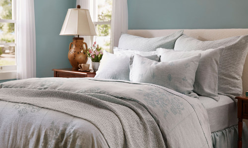 SDH Messina 100% linen jacquard is inspired by Italian frescos.
