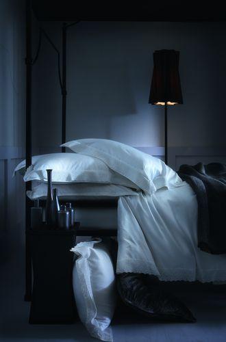 Alexandre Turpault Infante Tone on Tone Bedding