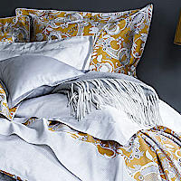 The bed linen MOGADOR is inspired by an old motif called - Persia - reworked in a contemporary way.