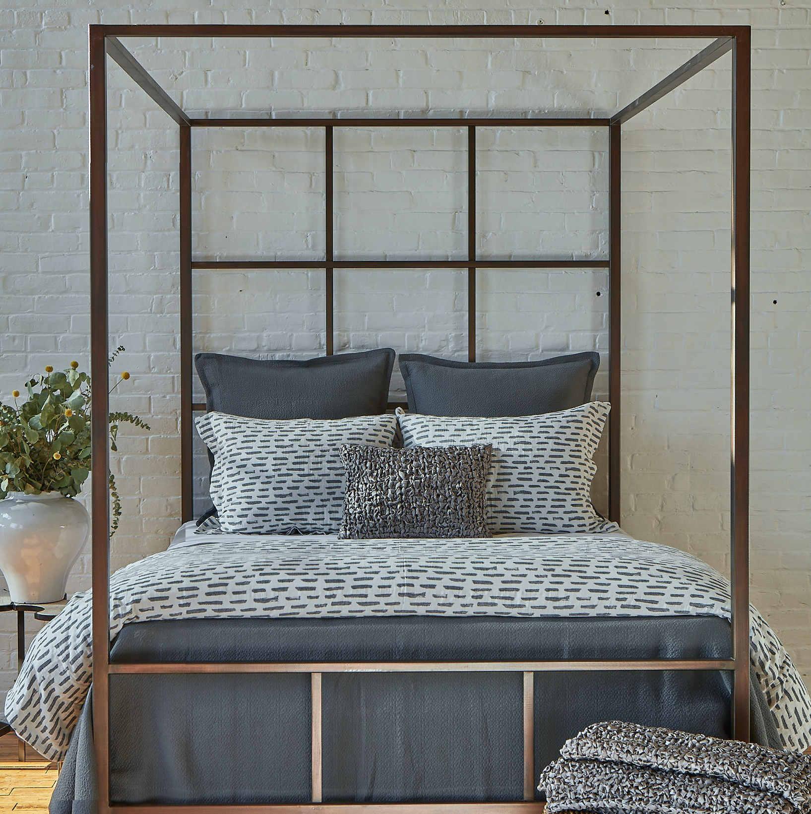 Ann Gish Brushstroke & Neo Matelasse Bedding Set - Art of Home