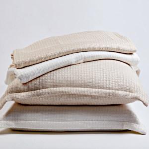 >Parquet Pillow & Throw