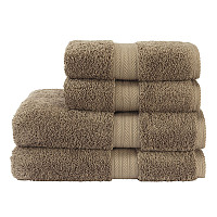 This luxurious towel is woven from extremely fine quality GiZA 86Egyptian cotton for great absorbency, exceptional durability andwonderful softness.