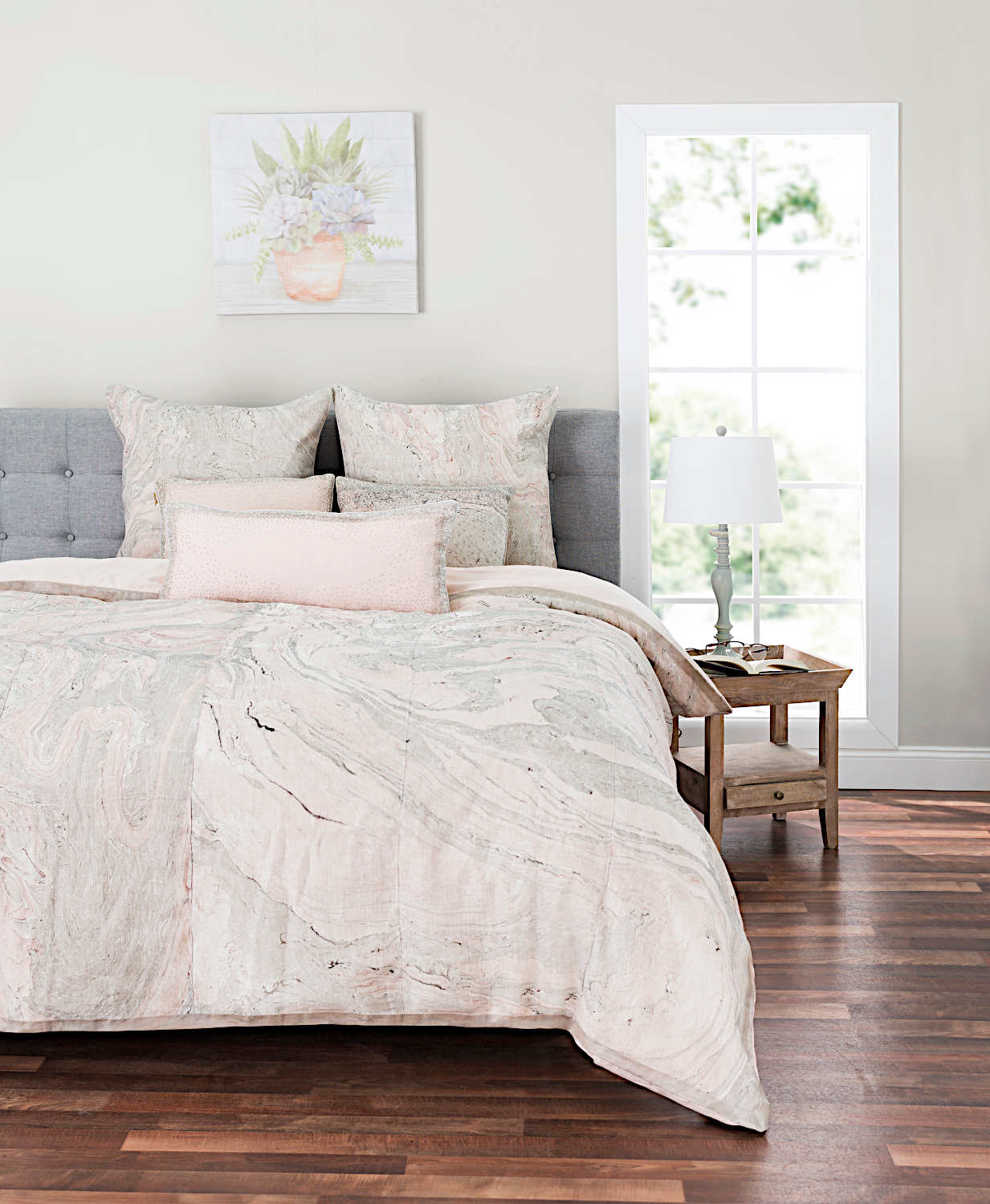 Cloud9 Design Arian Bedding