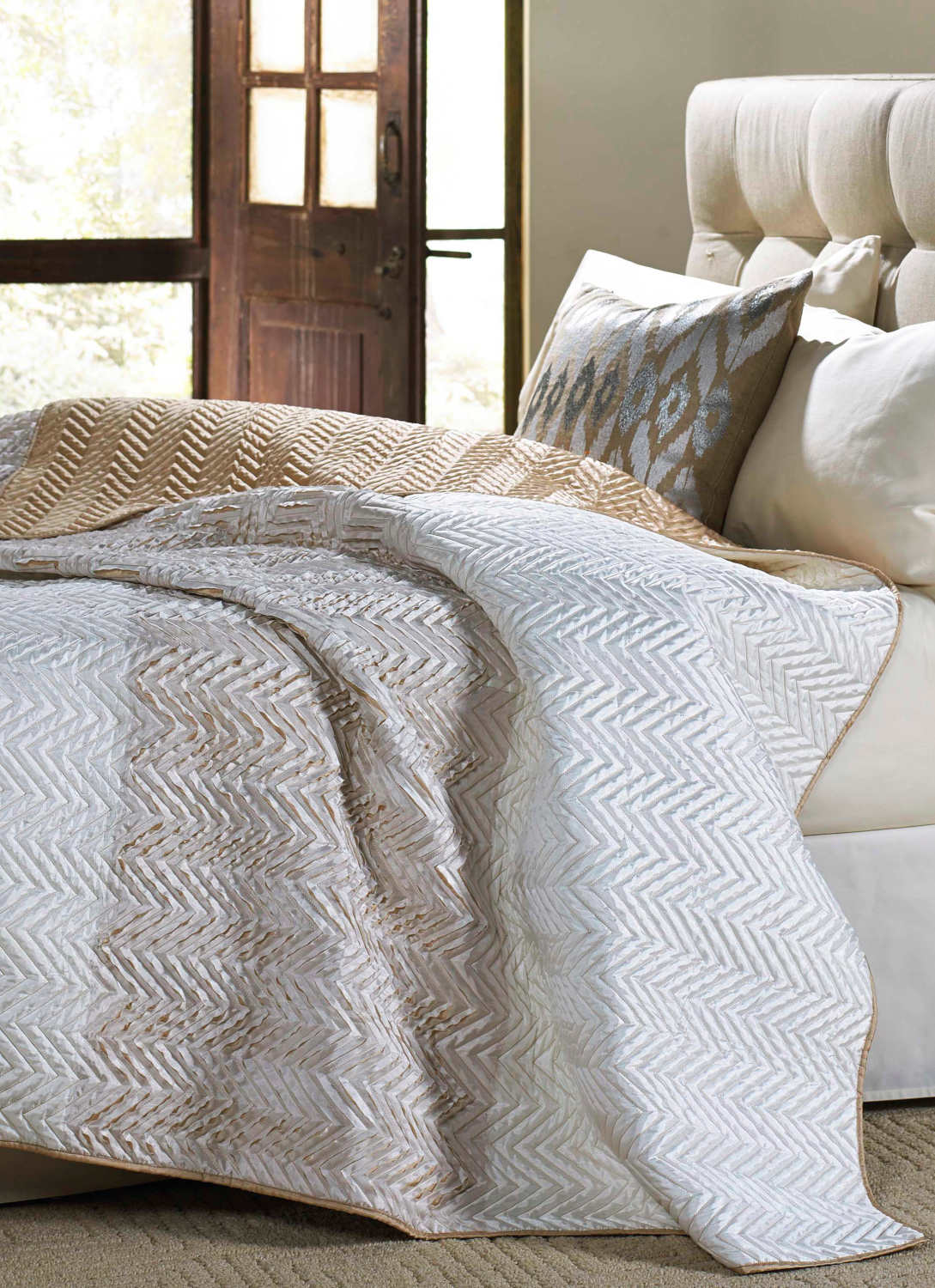 Cloud9 Design Tangier Quilt & Matching Shams