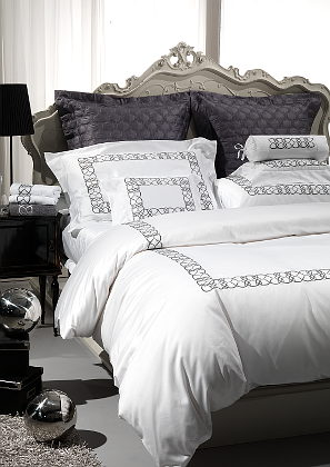 Cottimaryanne Visconti Duvets & Bedding - luxurious Egyptian cotton sateen with a generous 450 thread count.