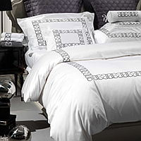 An embroidered luxurious Egyptian cotton sateen bedding with a generous 450 thread count from the Visconti collection.