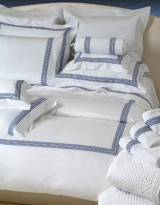 Cottimaryanne Tribeca is a luxurious Egyptian cotton sateen with a generous 450 thread count available in all Visconti colors with custom colored border.