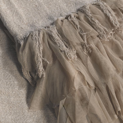Couture Dreams Chichi Linen Throw