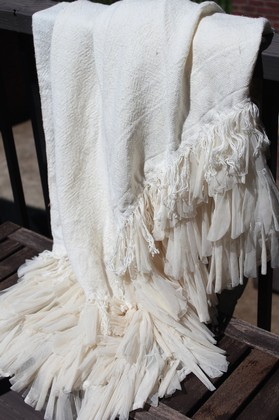 Couture Dreams Chichi Linen Throw