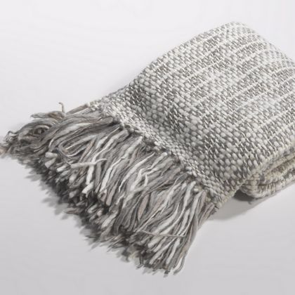Couture Dreams Cozi Knit Throw