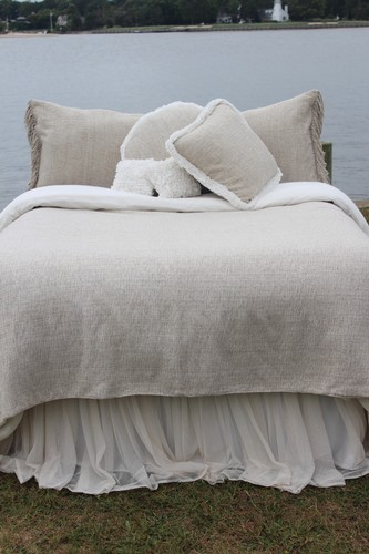 Couture Dreams Heavenly Silk Coverlet
