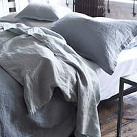 Wonderful bedding in reversible 100% pure linen, here in relaxing tones of pale grey and dove.