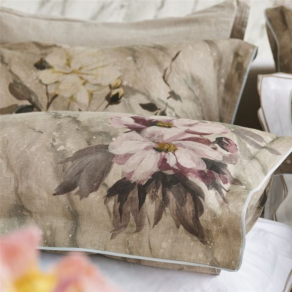 Designers Guild Designers Guild Carrara Fiore Cameo Bedding - View #1.