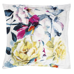 Designers Guild Couture Rose Fuchsia Swatch