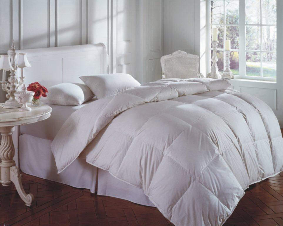 downright cascada summit 600 white goose down comforter and pillow. Black Bedroom Furniture Sets. Home Design Ideas