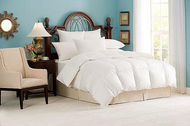 Nirvana 700+ Down Comforter