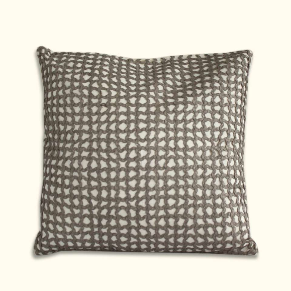 Queen Street Decorative Pillows : Dransfield & Ross House Elizabeth Street Bedding Collection
