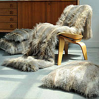 Evelyne Prelonge Couture Collection Faux Fur in Siberia exhibits a beautiful luster.