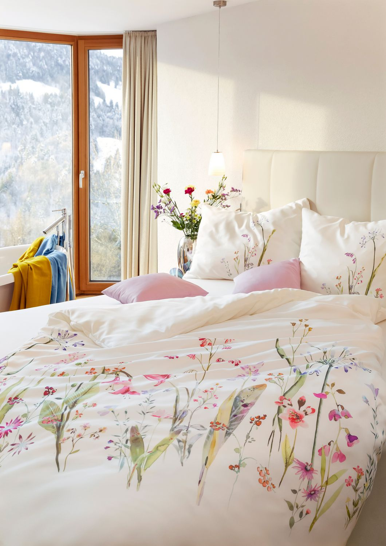 Hefel trend bed linen fleur bedding tencel fabric for Bedding fabric bedding