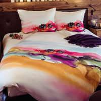 Hefel Trend Tuscany Bedding derives inspiration from the world's most recognizable art of the Tuscany region in Italy.