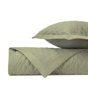 Home Treasures Abbey Quilted Bedding Fabric - Piana.