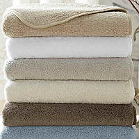 Home Treasures Izmir Towels - A 550 gram, zero twist, 100% Egyptian cotton, Turkish terry, is finished with a rounded piping in class=