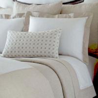 Home Treasures Bedding Linea Ensemble - An elegant bedding/sheeting collection, combining a Perla body, with a Provenza linen cuclass=