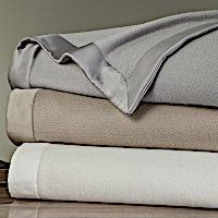 Home Treasures Linens Serena Blanket