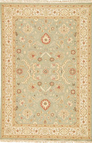 Originally a construction style developed in the caucasian region, the sumak rug is an organic, hand-knotted, flat-woven rug that India has made its own over the centuries