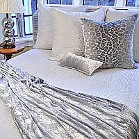 Kevin O'Brien Studio Hammered Quilted Sham - Brocade White