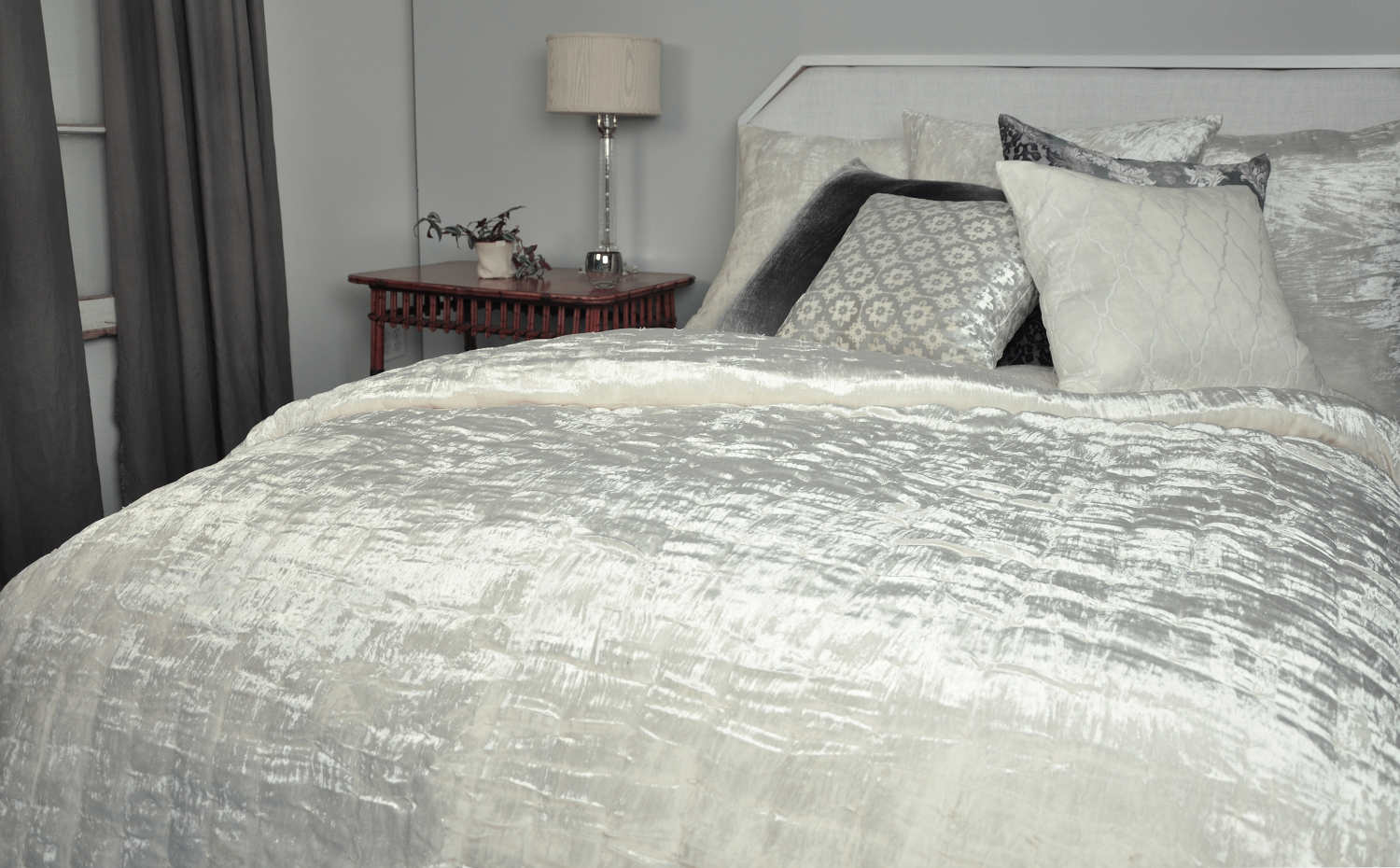Kevin Ou0027Brien Studio Bedding   Hand White Knotted Velvet Quilt