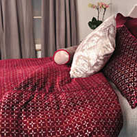Kevin-Obrien-Studio-Aurora-Bedding-Metallic-Petals-Raspberry-thumb