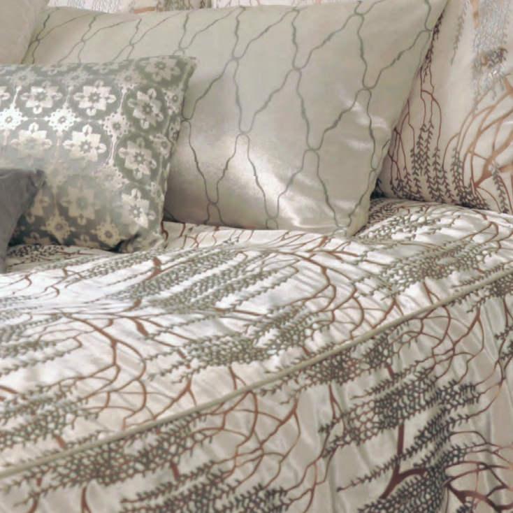 Kevin O Brien Studio Bedding Metallic Willow White Bedding