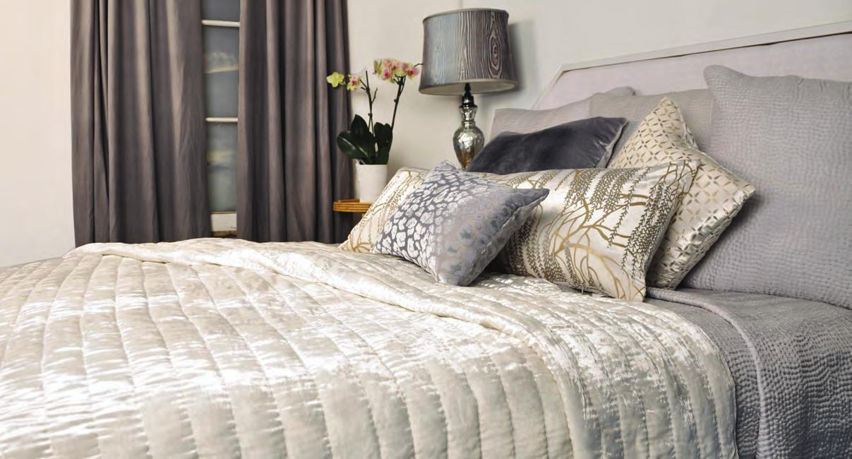 Kevin O'Brien Studio Ophelia White Quilted Coverlet