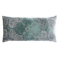 This majestic design is inspired by the ornate motifs seen in Persian arts & architecture.