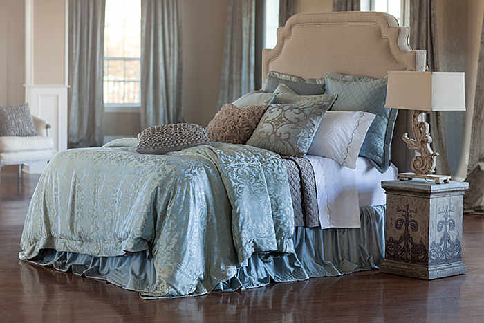 Lili Alessandra Jackie bedding ensemble - Silky, elegant and practical.