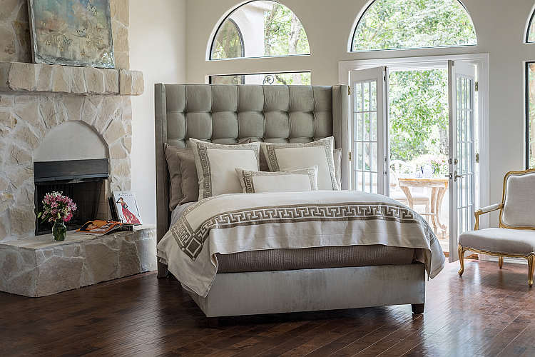 Lili Alessandra Dimitri Ivory with Retro Bedding Collection