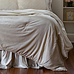 Lili Alessandra Ivory Velvet Comfortlet