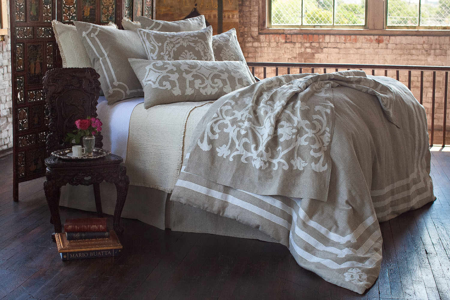 Lili Alessandra Angie Natural Linen With White Linen