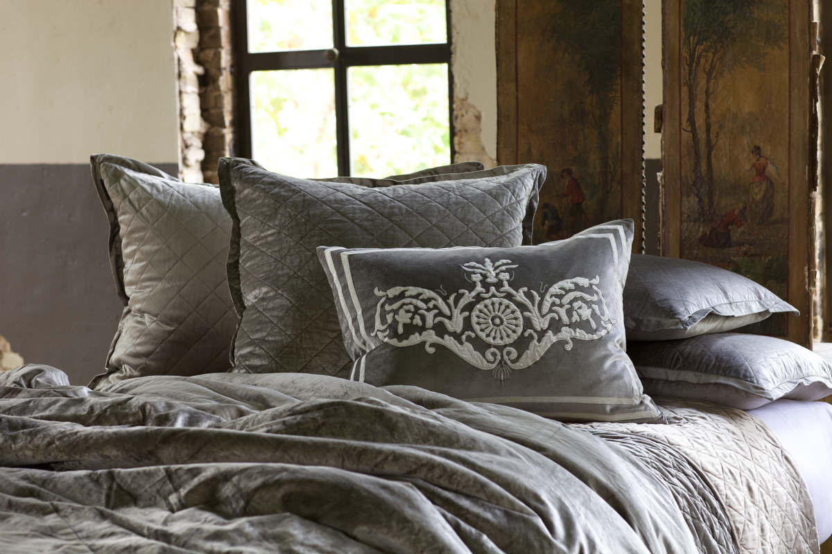 Exceptional Lili Alessandra Chloe Diamond Quilted Silver Velvet Coverlet Collection