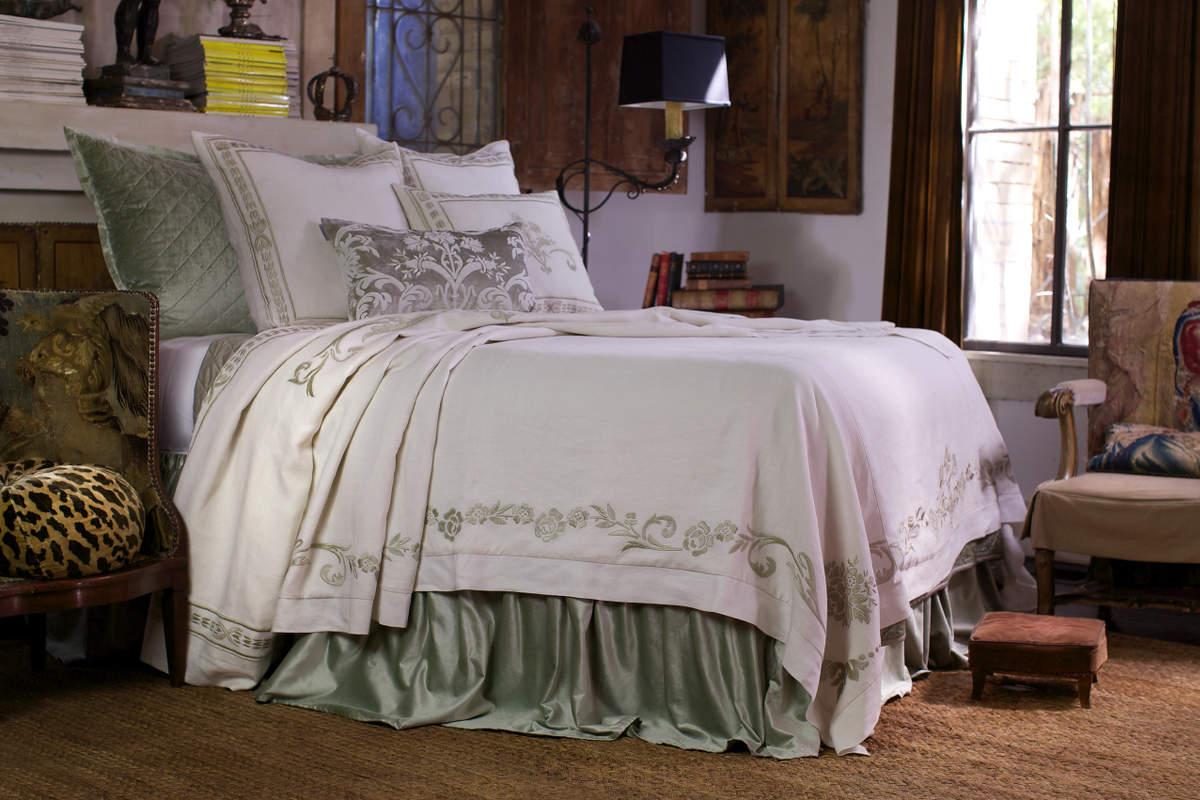 lili alessandra marci antique white linen with ice velvet bedding