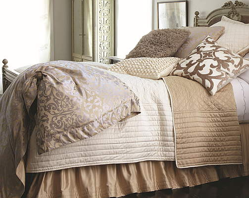 Lili Alessandra Silk & Sensibility Ivory/Ecru Gathered Reversible Bed Skirt