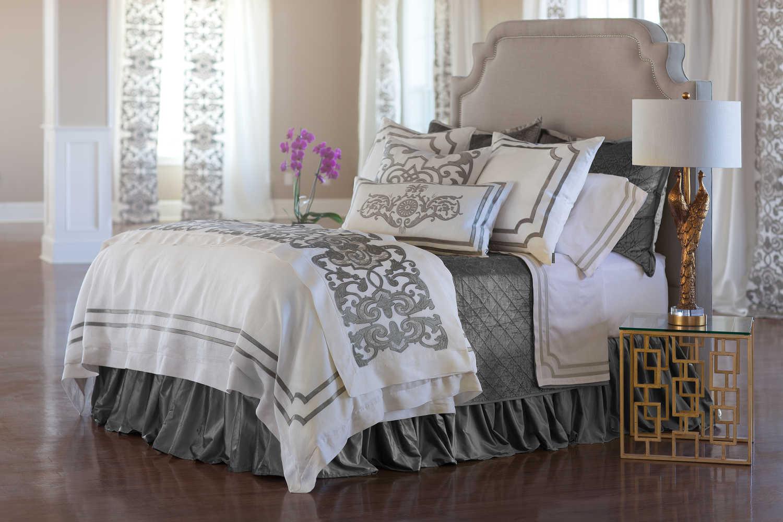 lili alessandra soho white linen with silver velvet applique