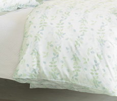 Nancy Koltes Linens Giverny Duvet Cover