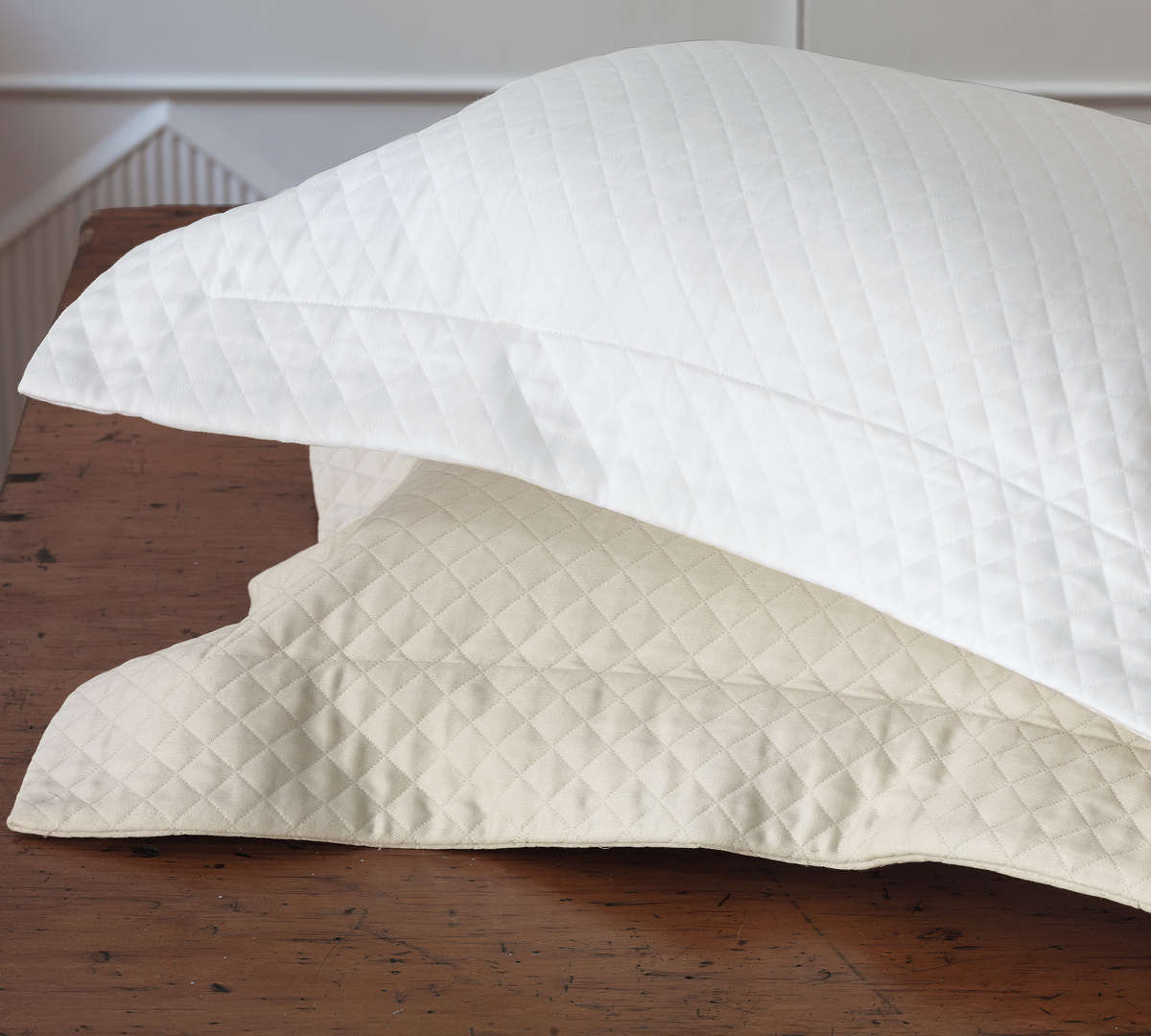 Uuu Nancy Koltes Linens Madrid Coverlet And Shams And Dust
