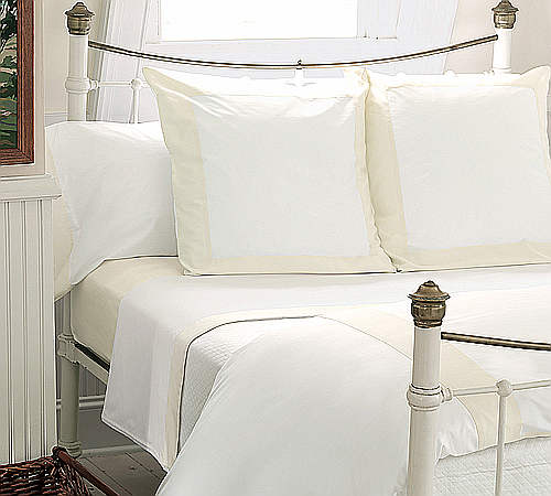 Nancy Koltes Vendome bedding ensemble.