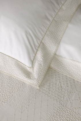 Nina Ricci Maison Aube Bedding - Embroidered
