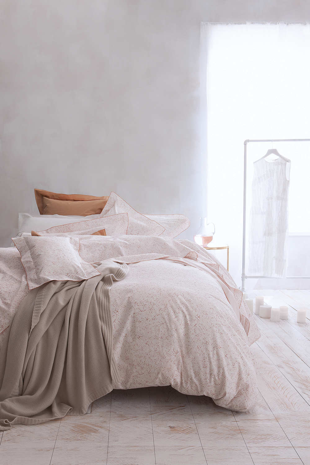 uuu nina ricci maison fugue bedding. Black Bedroom Furniture Sets. Home Design Ideas